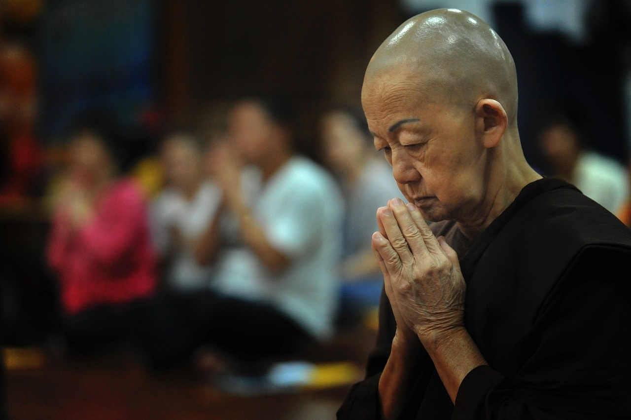 Утренняя молитва в буддизме